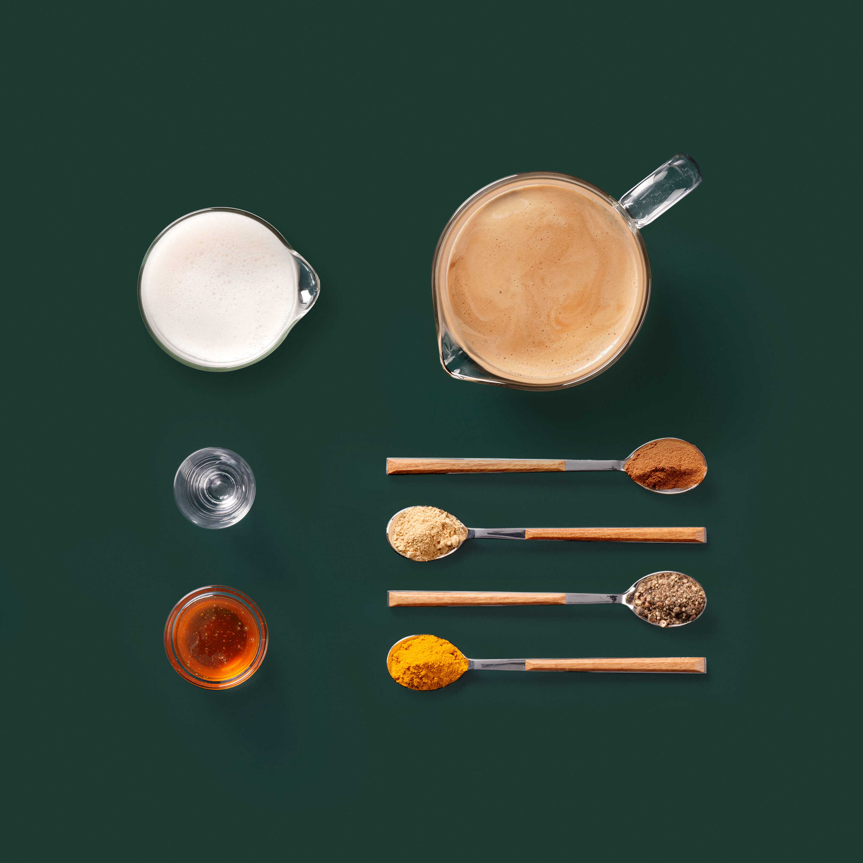 Goldener Kurkuma Latte Kaffee