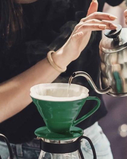 Preparazione tazzina caffè
